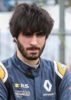 Yves B. preparing for race